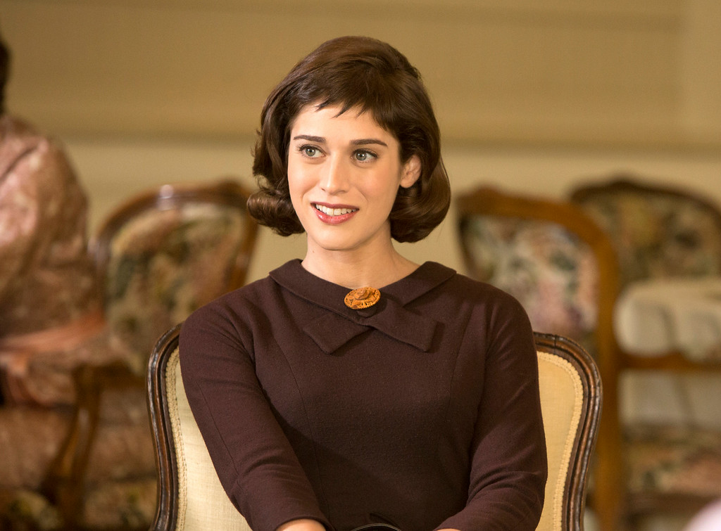 """. This image released by Showtime shows Lizzy Caplan as Virginia Johnson in \""""Masters of Sex.\"""" Caplan was nominated for an Emmy Award for best actress in a drama series on, Thursday July 10, 2014. The 66th Primetime Emmy Awards will be presented Aug. 25 at the Nokia Theatre in Los Angeles. (AP PHoto/Showtime, Michael Desmond)"""
