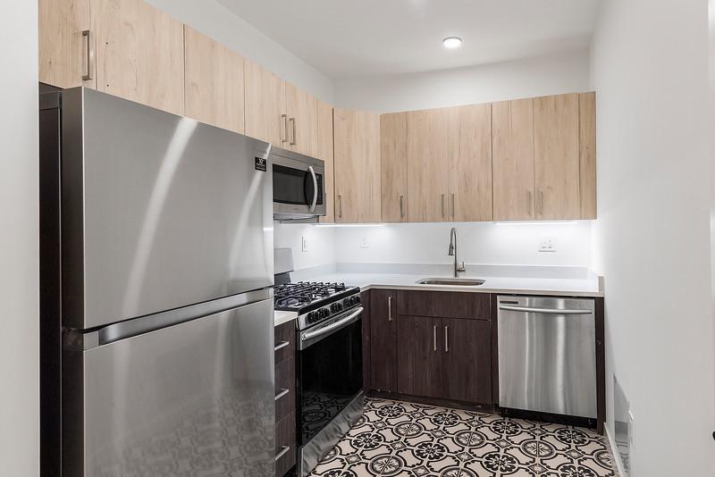 5 Yoav Shiiffman 6 units 438 Memphis Street-online-48.jpg