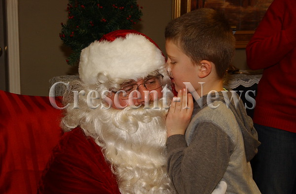 12-20-14 NEWS Santa at Vancrest