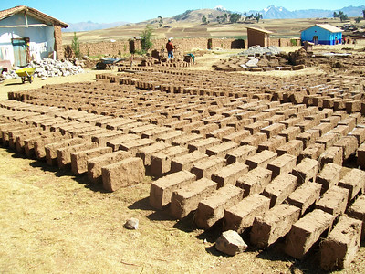 NLC 2012 Peru: Construction
