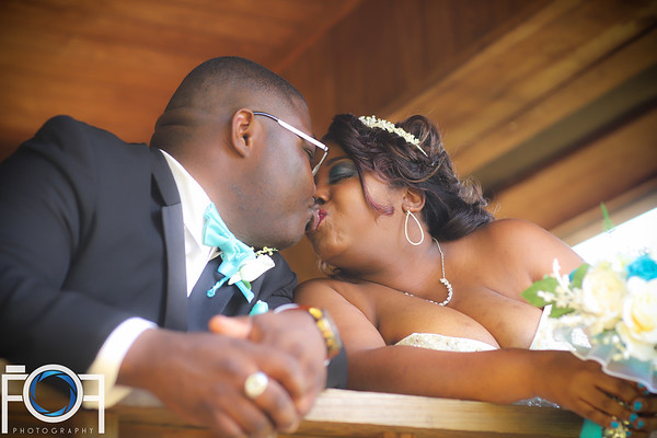 The Glover's Wedding