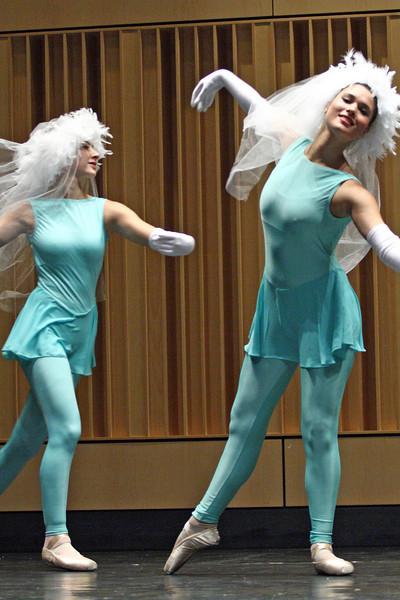 dance_090409_010.jpg