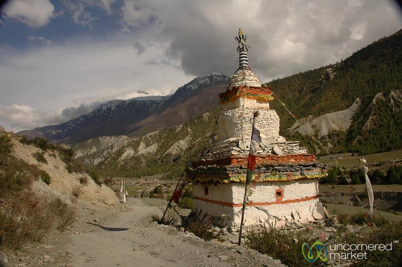 Tibetan Buddhist Chorten on the Way to Manang - Annapurna Circuit, Nepal