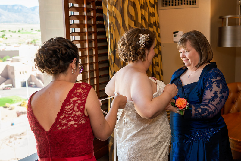 Sandia Hotel Casino New Mexico October Wedding Getting Ready C&C-50.jpg