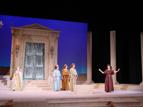 medea production 012.jpg