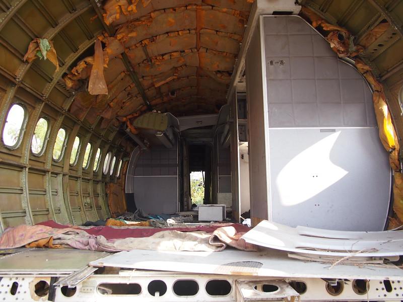 P3042848-interior.JPG