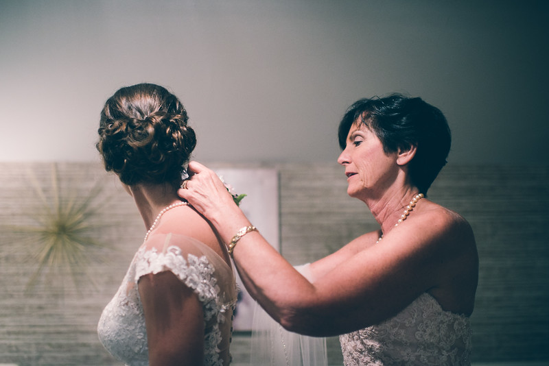 Philadelphia Wedding Photographer - Bernreuther-214.jpg