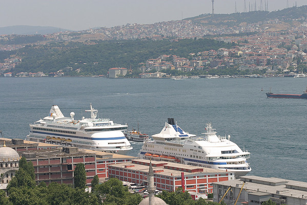 Istanbul, Turkey (Galata Tower) - 6/28/2009