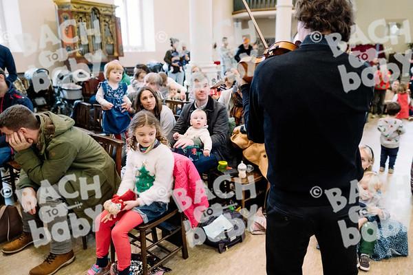 © Bach to Baby 2019_Alejandro Tamagno_Regent's Park_2019-12-21 005.jpg