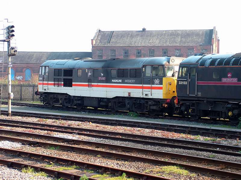 31454 stables at Derby on the 31st March 2007