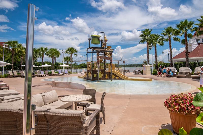Dinsey Resorts-2-486.jpg