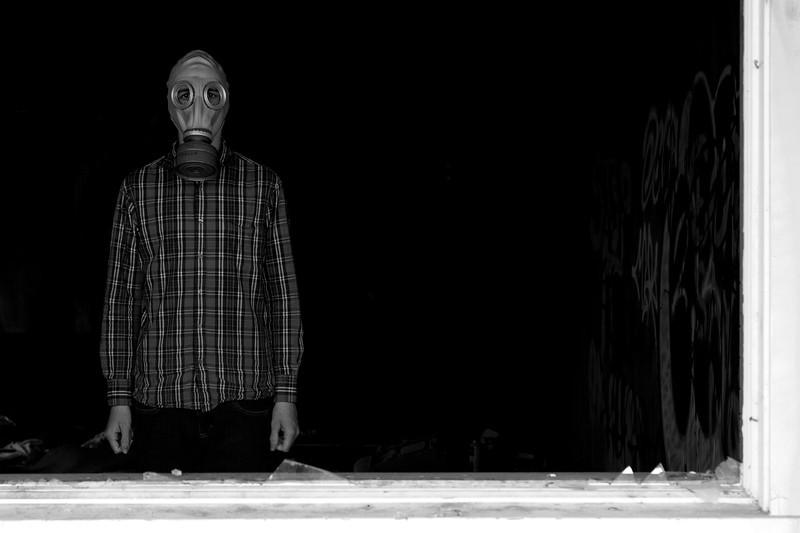 gas mask 2.jpg