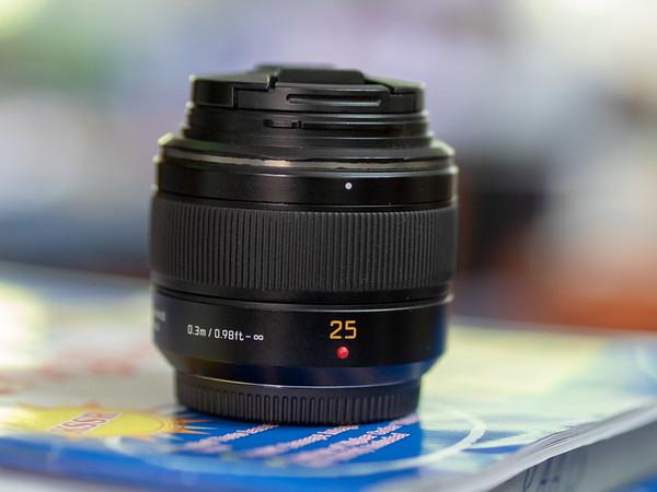 Panasonic Leica DG Summilux 25mm F1.4