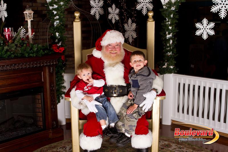 Santa Dec 15-185.jpg