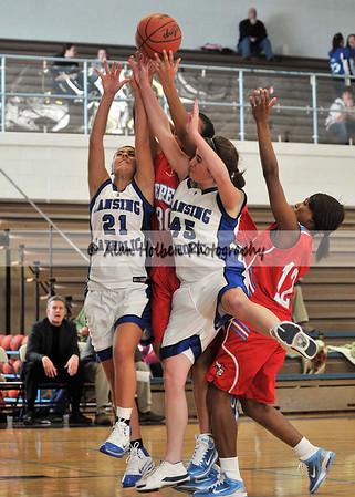 Girls varsity basketball - Everett at Lansing Catholic - Dec 7