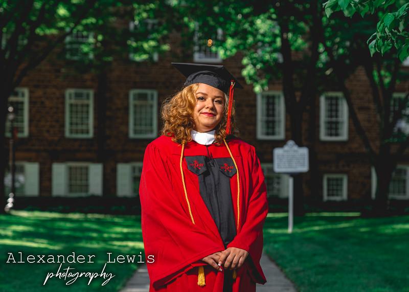 Amanda_graduation_shoot_5.23.21_portfolio-5.jpg