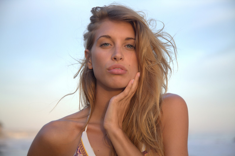 bikini 45surf bikini swimsuit model hot pretty beach surf socal 1162,.,.,..jpg
