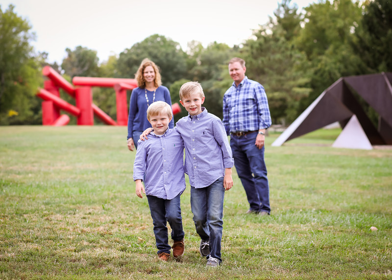 boys, mom and dad (2 of 5).jpg
