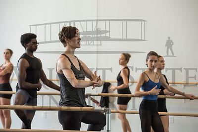 19480 Complexions Contemporary Ballet Master Calss 9-27-17