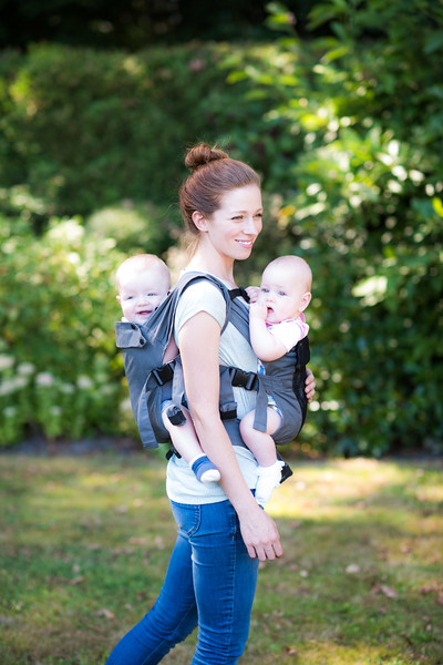 Izmi_Baby_Carrier_TWINS_Front_Back_Carry_Cotton_Mid_Grey_and_Breeze_Mid_Grey.jpg