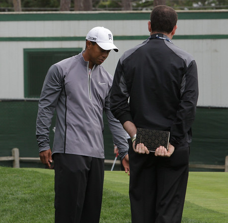 TIGER WOODS PEBBLE BEACH PRACTICE ROUND 2012