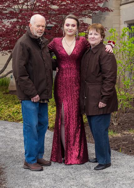 Cassidy & Grandparents.jpg