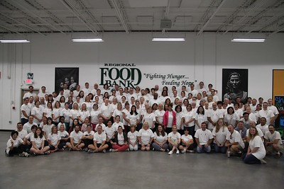 2017 Faculty and Staff at Regional Food Bank of Oklahoma