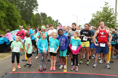 """04-19-14 """"Walk In My Shoes"""" 5K Rabbit Race & Bunny Hop by the Junior League of Panama City by Omar Vega"""
