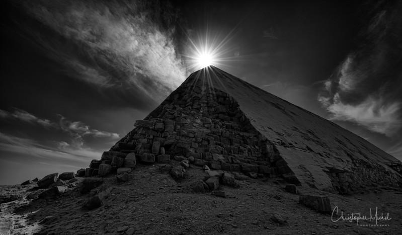 saqqara_unas_tomb_serapeum_dahshur_red_bent_pyramid_20130220_5538.jpg