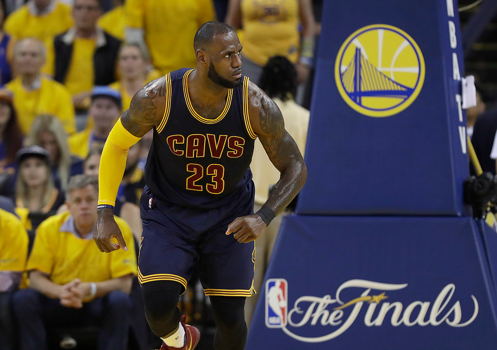 . Cleveland Cavaliers forward LeBron James (23) against the Golden State Warriors during the first half of Game 1 of basketball\'s NBA Finals in Oakland, Calif., Thursday, June 1, 2017. (AP Photo/Marcio Jose Sanchez)