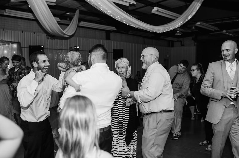 Wheeles Wedding  8.5.2017 02815.jpg