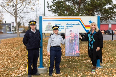 Mounties honoured by donated art piece