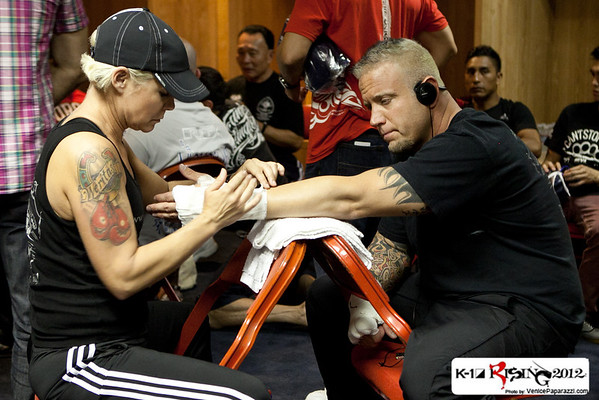 09.08.12   Pre fights - Behind the scenes