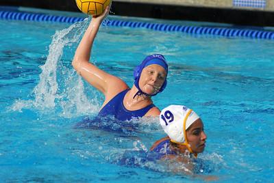 NCAA Women - Scrimmages at UCI 11/22/08 - University of California Los Angeles vs Santa Barbara. UCLA vs UCSB. Photos by Allen Lorentzen.
