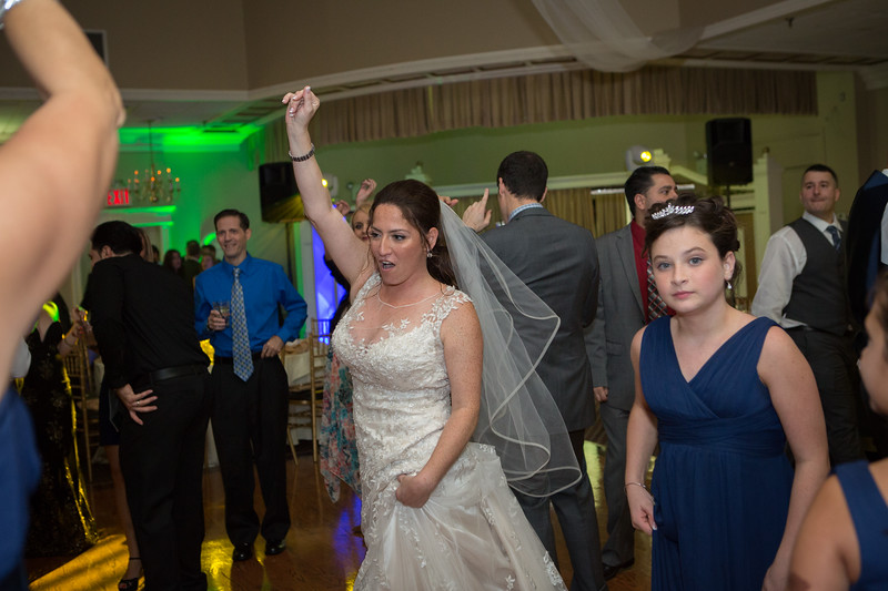 MRN_1258_Loriann_chris_new_York_wedding _photography_readytogo.nyc-.jpg.jpg