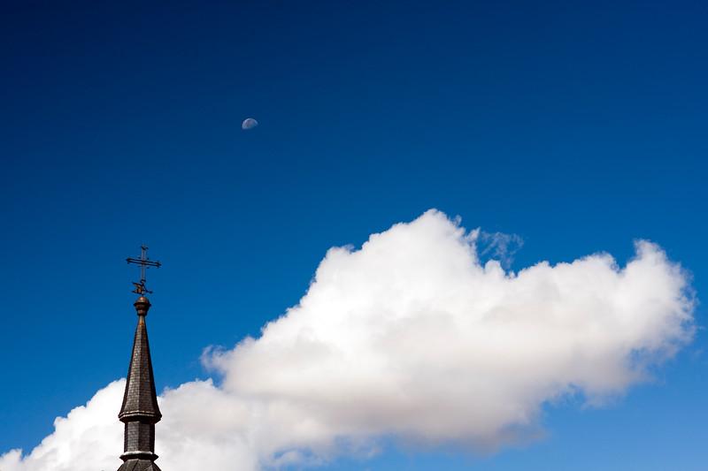 Pinnacle and weather vane, town of Leon, autonomous community of Castilla y Leon, northern Spain
