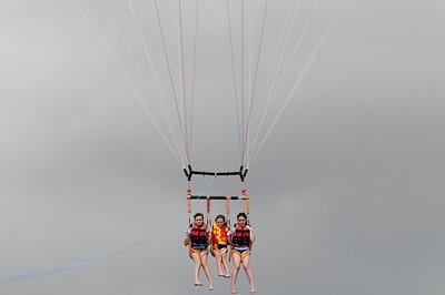 Maui 2011 - Parasailing