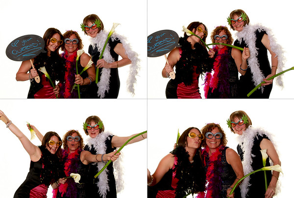 2013.05.11 Danielle and Corys Photo Booth Prints 047.jpg