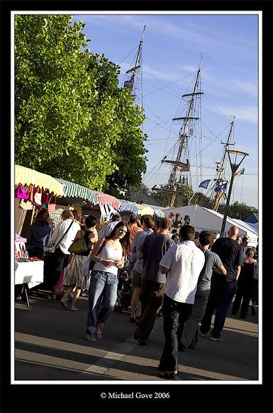 Bristol Harbour Festival market customers (64605862).jpg