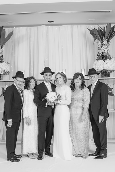 Miri_Chayim_Wedding_BW-646.jpg