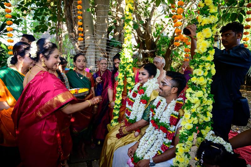2019-12-Ganesh+Supriya-5536.jpg