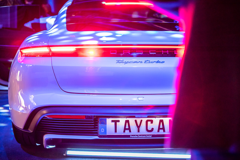 Taycan_2020_Foto_Team_F8_C_Tharovsky-web-104.jpg