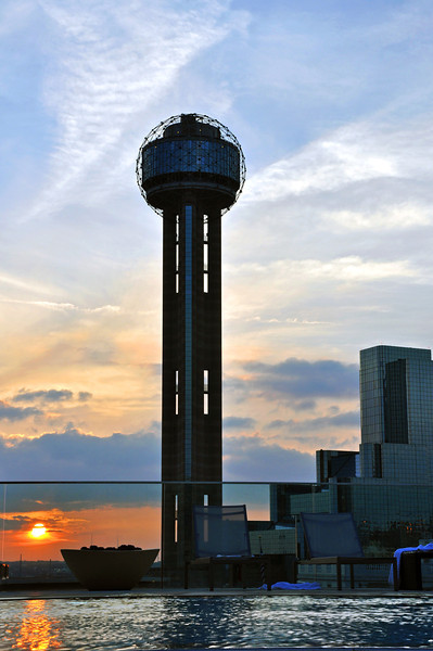 Dallas Skyline - Reunion Tower 04.jpg