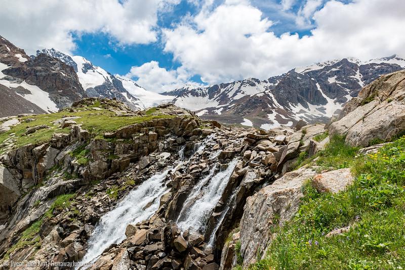 Kol-Dor and mountain peaks