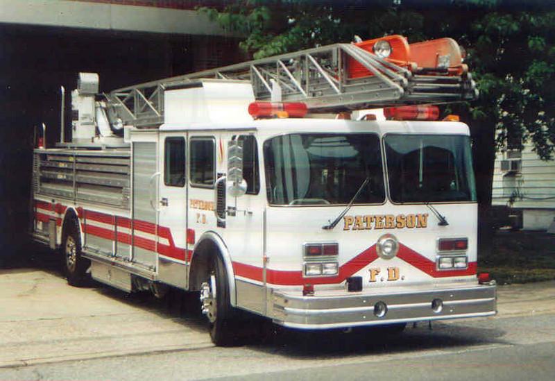 C.T. Paterson T-3 (loaner)(2004).jpg
