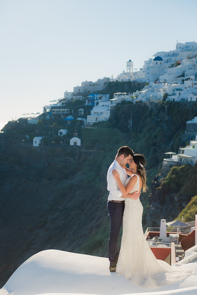santorini-bride-first-look-sunset-anniversary-Anna-Sulte-6.jpg