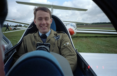 A picture of Scott the pilot.  A very nice British guy!