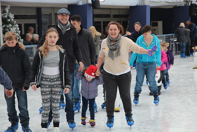 Ice skating with Geller's and Jo Bell