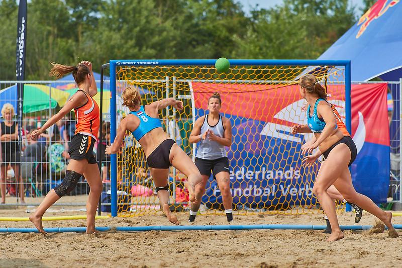 Molecaten NK Beach Handball 2017 dag 1 img 307.jpg