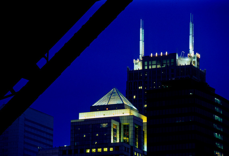 Sears Tower / Willis Tower at night